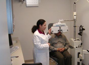 Total Refraction Service in Comprehensive Eye Exam